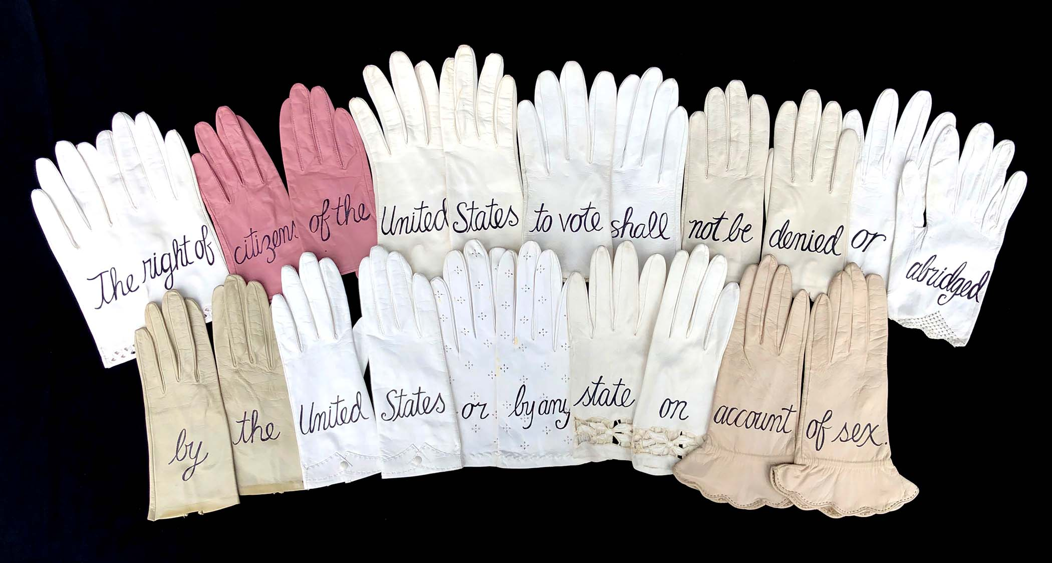 The VOTE - Trude's gloves